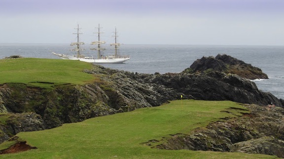 The Fair Isle's Lighthouse Keeper's Golf Course